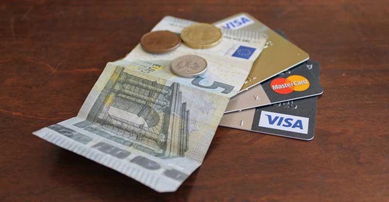 Cara Tepat Memilih Kartu Kredit