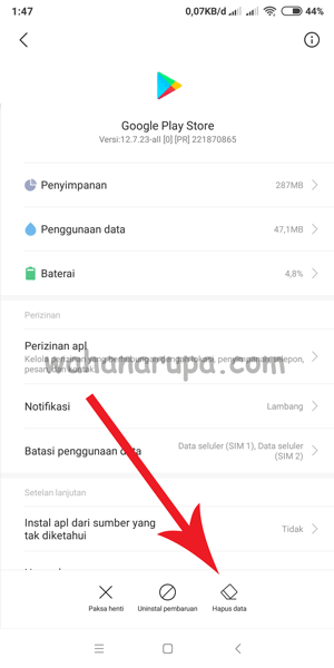 google play download tertunda